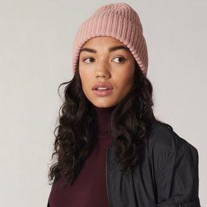 🆕Love & Lore Pink Ribbed Winter Hat Beanie Indigo